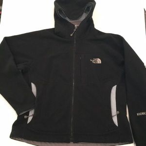 Women's North Face Full Zip Hoodie. Small